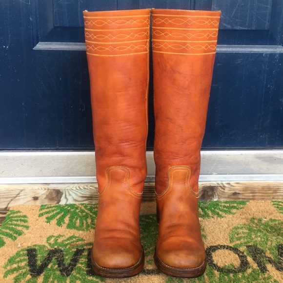 208c2e27464 Frye Shoes - Vintage Black label Frye campus boots stitch red